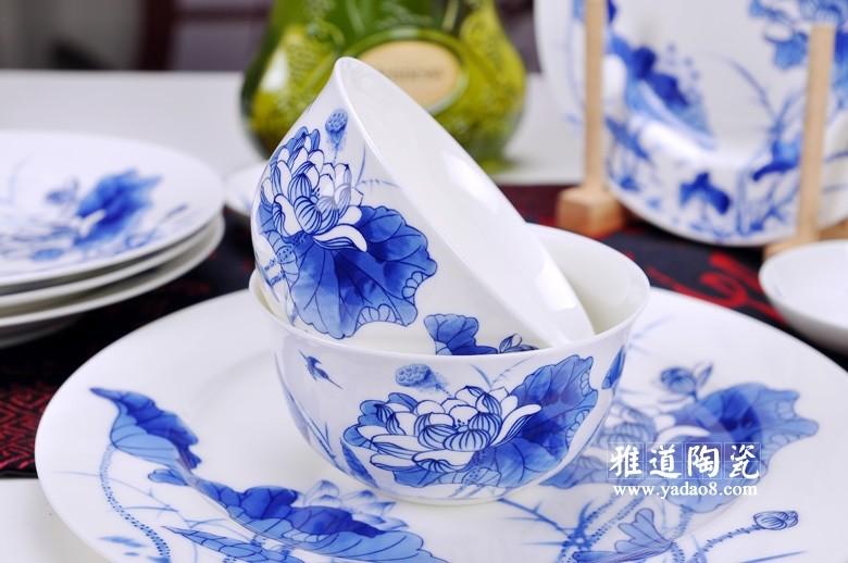景德镇陶瓷荷塘月色青花餐具套装