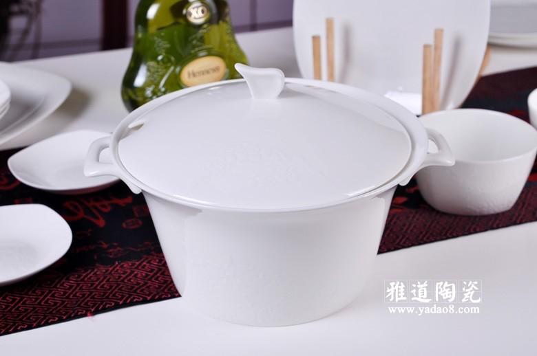 景德镇陶瓷高档骨瓷餐具雕龙套装
