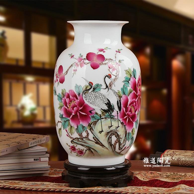 夏国安手绘瓷器花瓶摆件
