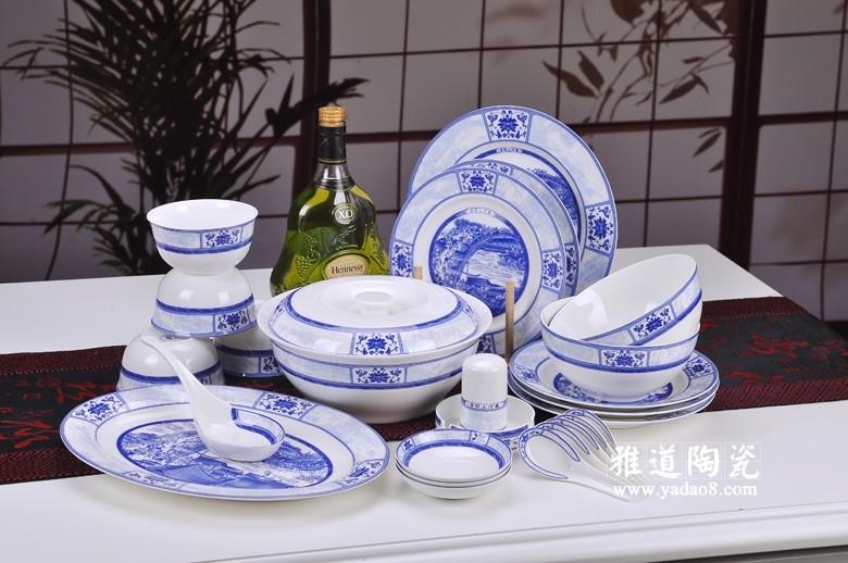 青花瓷餐具礼品套装-清明上河图