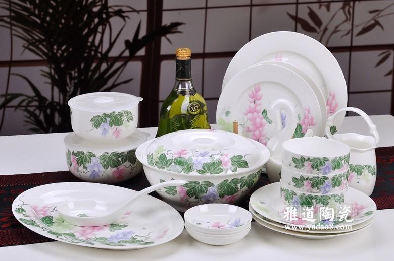景德镇骨质瓷餐具套装(多姿多彩)