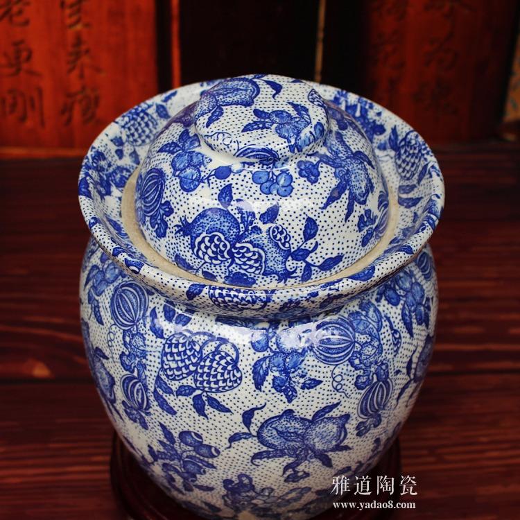 景德镇陶瓷泡菜坛-俯视图
