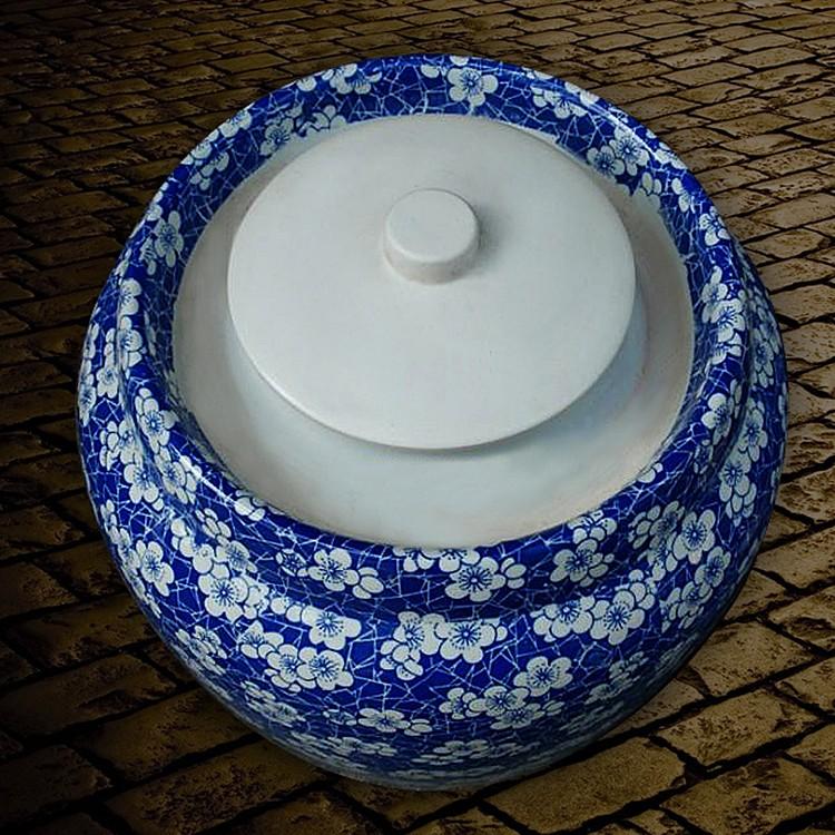 50斤青花陶瓷泡菜坛子缠枝莲-水槽