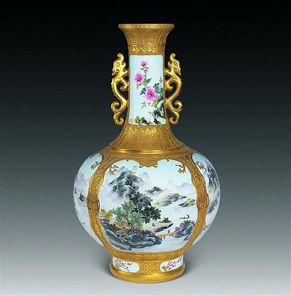 陶瓷粉彩山水画