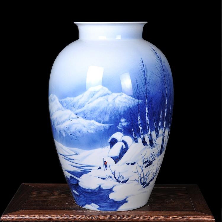 手绘青花瓷花瓶家居工艺品摆件瑞雪