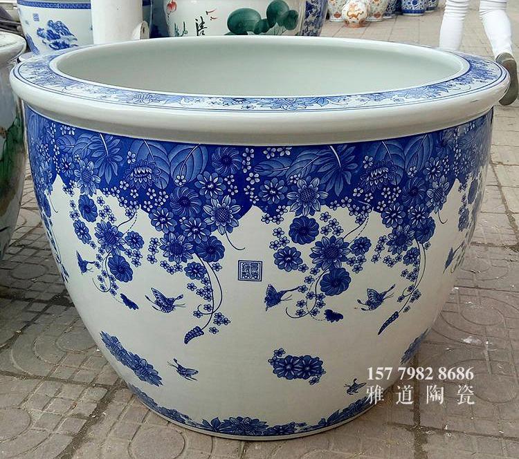 青花陶瓷缸款式四