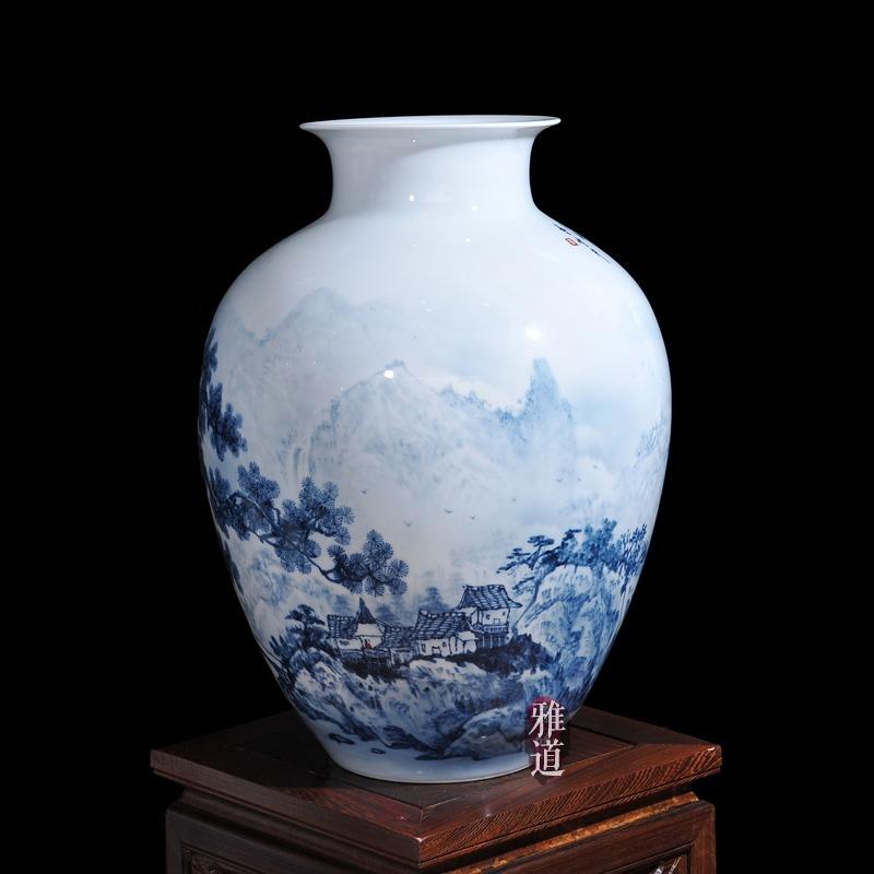 陶瓷花瓶定做王云喜手绘青花瓷山乡风情-侧面