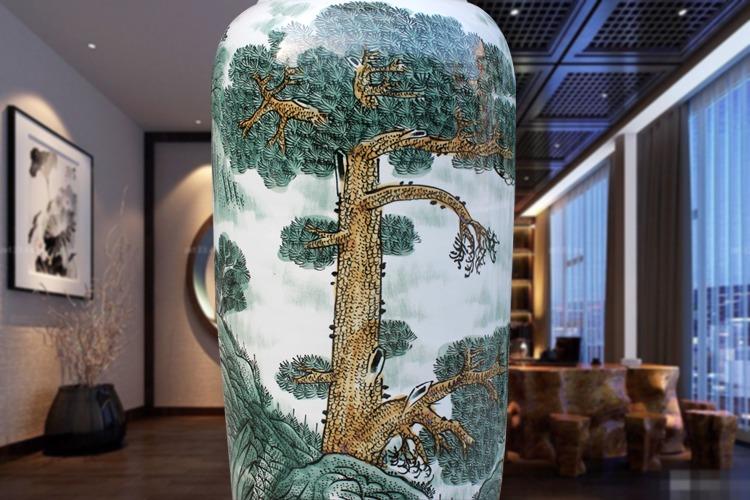 景德镇陶瓷手绘迎客松工艺品大花瓶