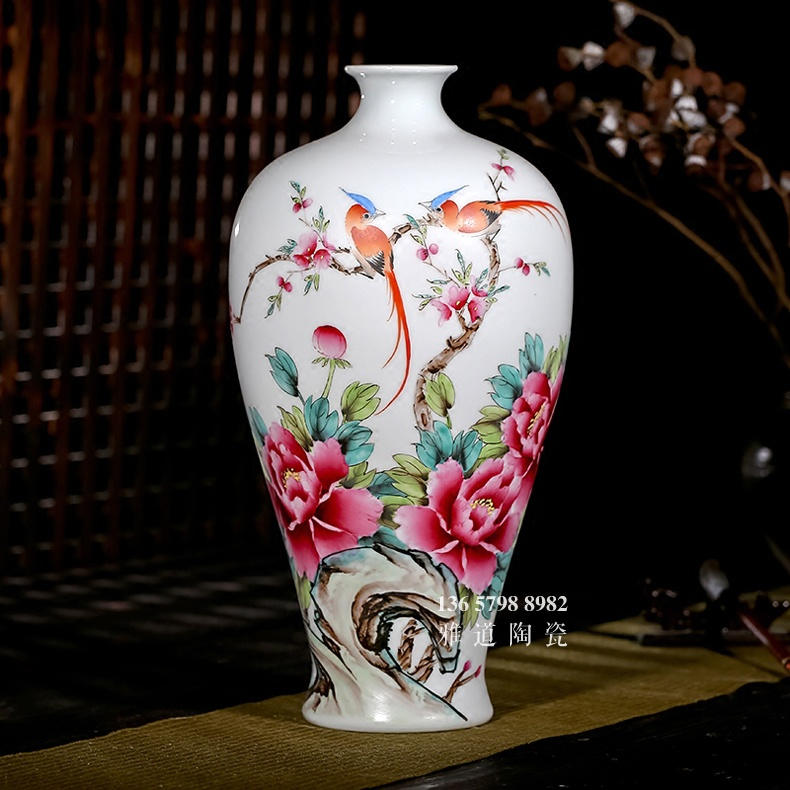 夏国安手绘满园春色花瓶家居工艺品摆件