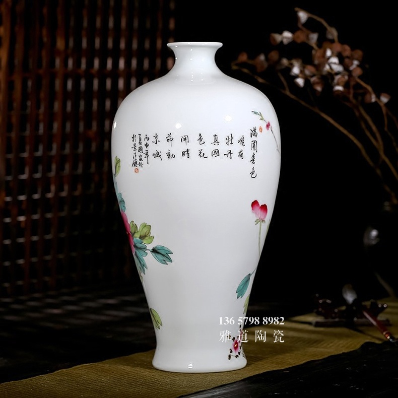 夏国安手绘满园春色花瓶家居工艺品摆件-背面