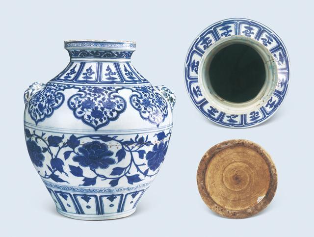 元代青花牡丹纹兽耳罐 天津博物馆藏