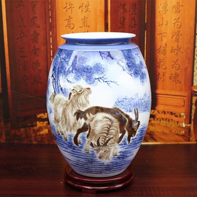 名家手绘艺术客厅装饰花瓶(三阳开泰)