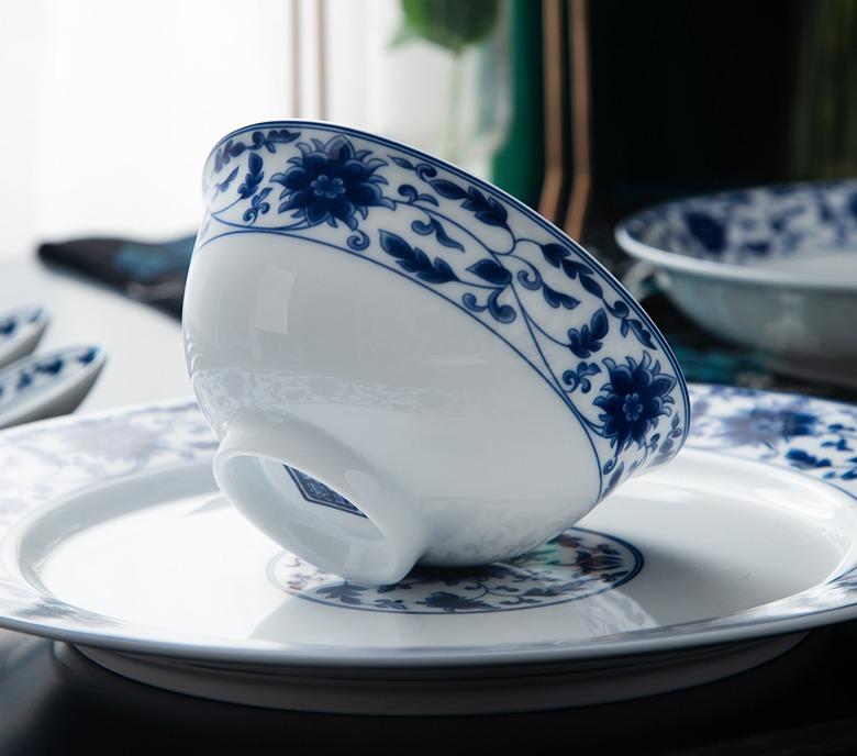 景德镇56头家用白瓷餐具套装(盛世莲莲)